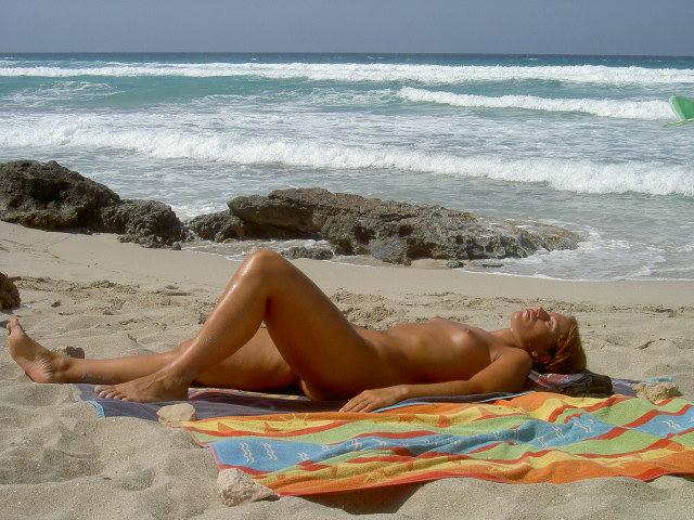 Nude pictures of sint maarten