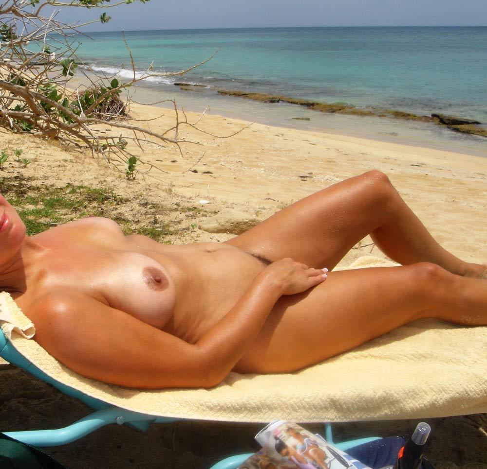 Hotwife vacation pics